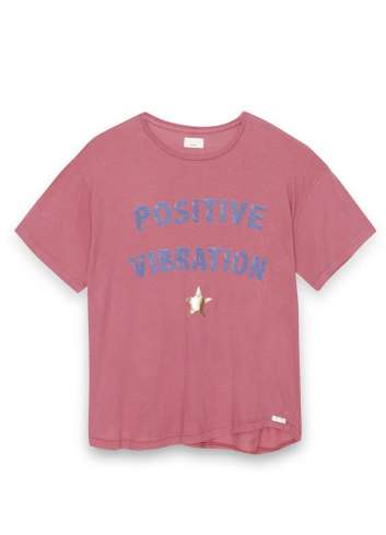 CAMISETA DEAR TEE POSITIVE VIBRATION RED